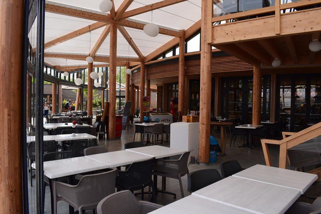 Camping Domaine De La Rive Restaurant Area