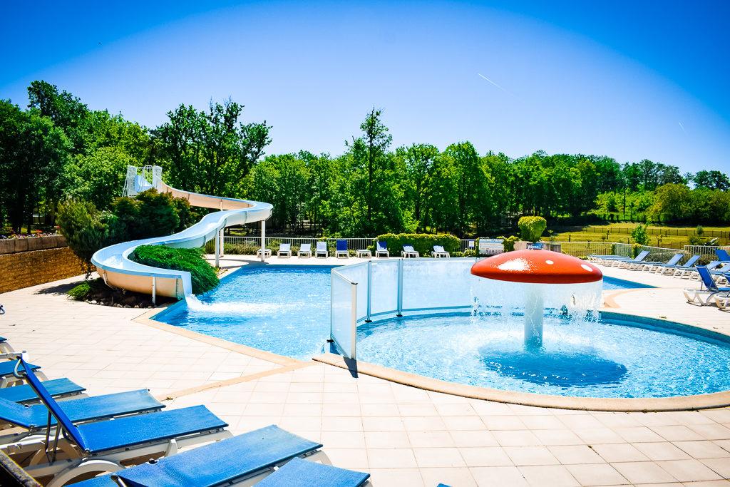 Saint Avit loisirs pool Area