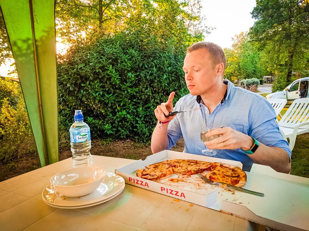 pizza at saint avit loisirs