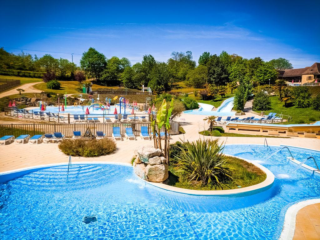 pool at saint avit loisirs