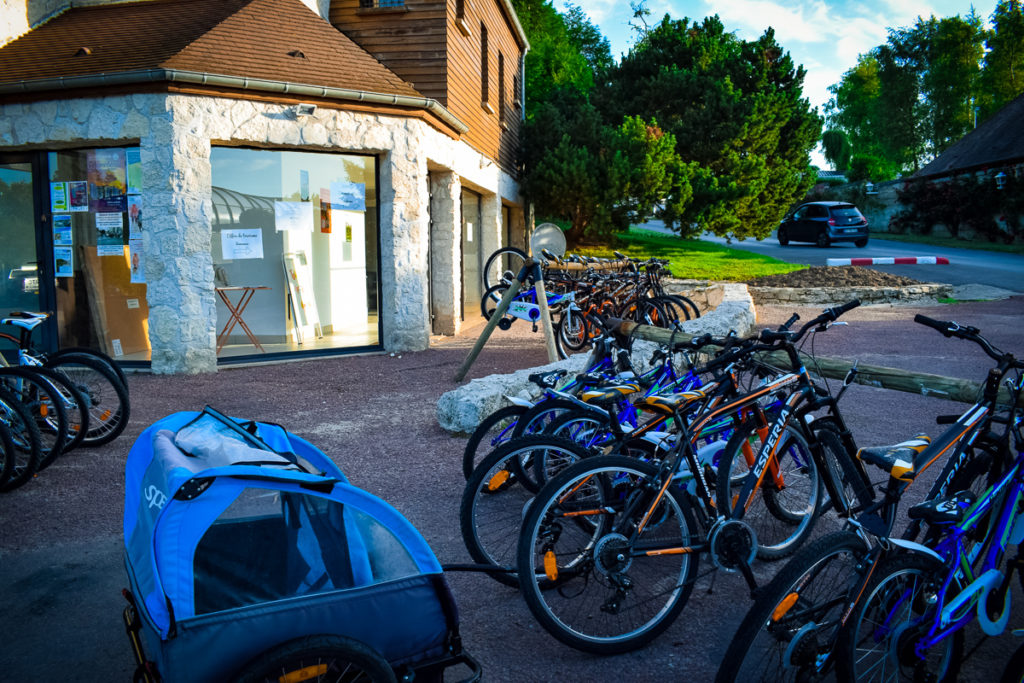 The bike hire and tourist office area at La Croix du vieux pont berny riviere france (16)