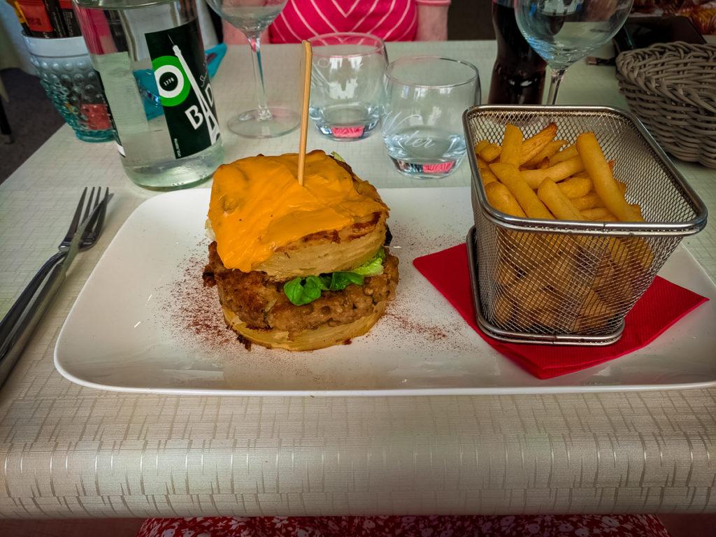 potato burger main course at the on site restaurant of La Croix du vieux pont berny riviere france (53)