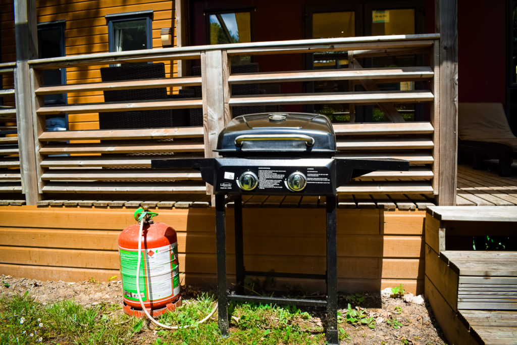 bbq outside the aspect mobile home on camping la garangeoire