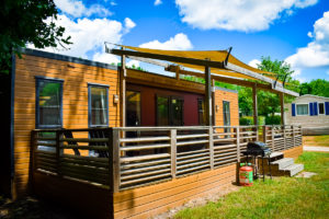 Aspect mobile home eurocamp at camping la garangeoire
