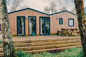 Outside view of the Cottage Loupiac at Bordeaux Lac Camping