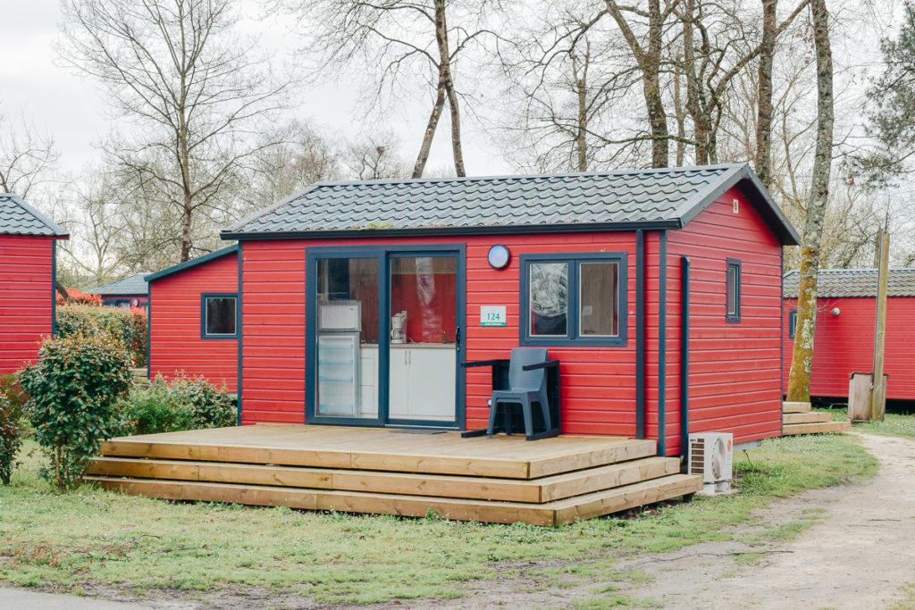cottage saint-emilion mobile home at the yelloh village lac du bordeaux campsite