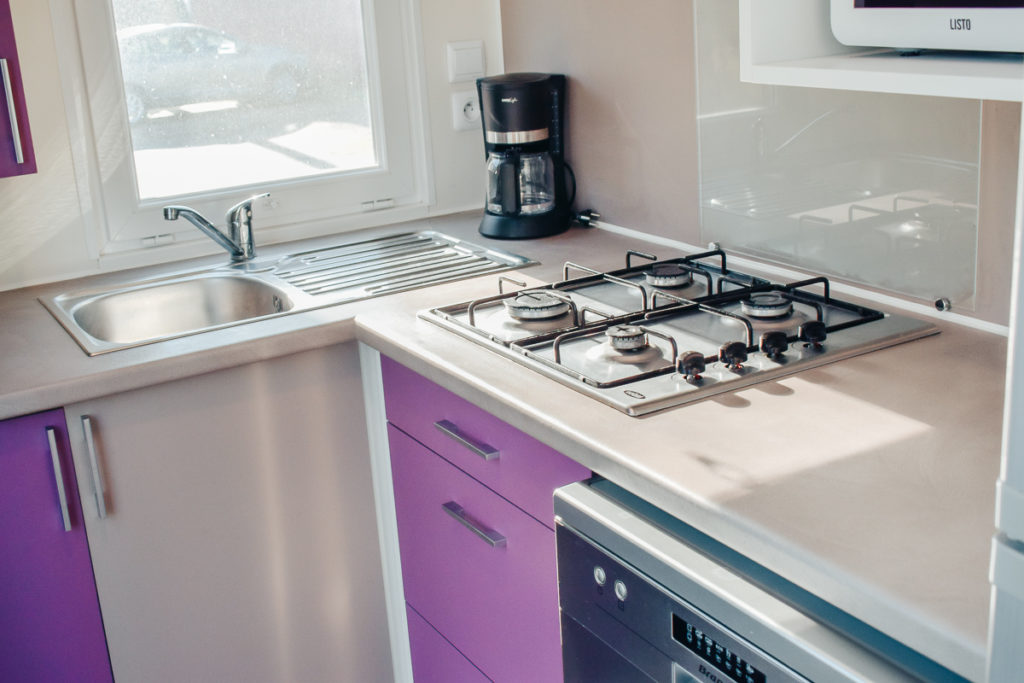 Kitchen equipment in the cottage loupiac bordeaux lac yelloh village campsite