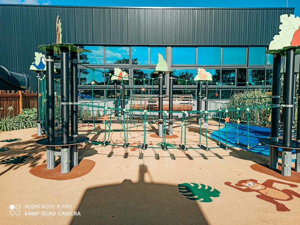 outdoor play area and rope climbing frame Camping de l'ocean Brem Sur Mer