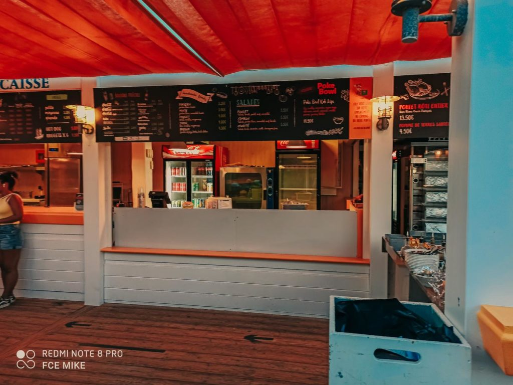 Snack bar and menu at camping le vieux port by Resasol in Messanges, Landes department, France