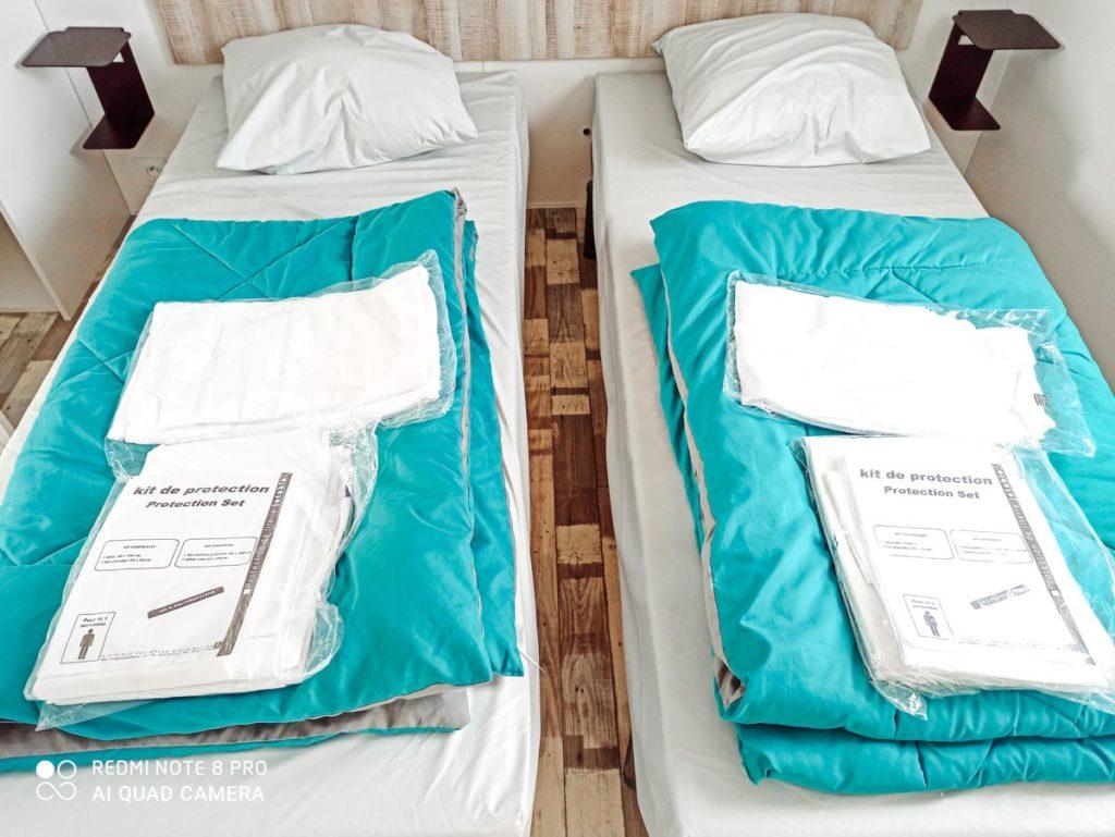 Cosy twin room Gamme duo premium plus at camping L'ocean-10