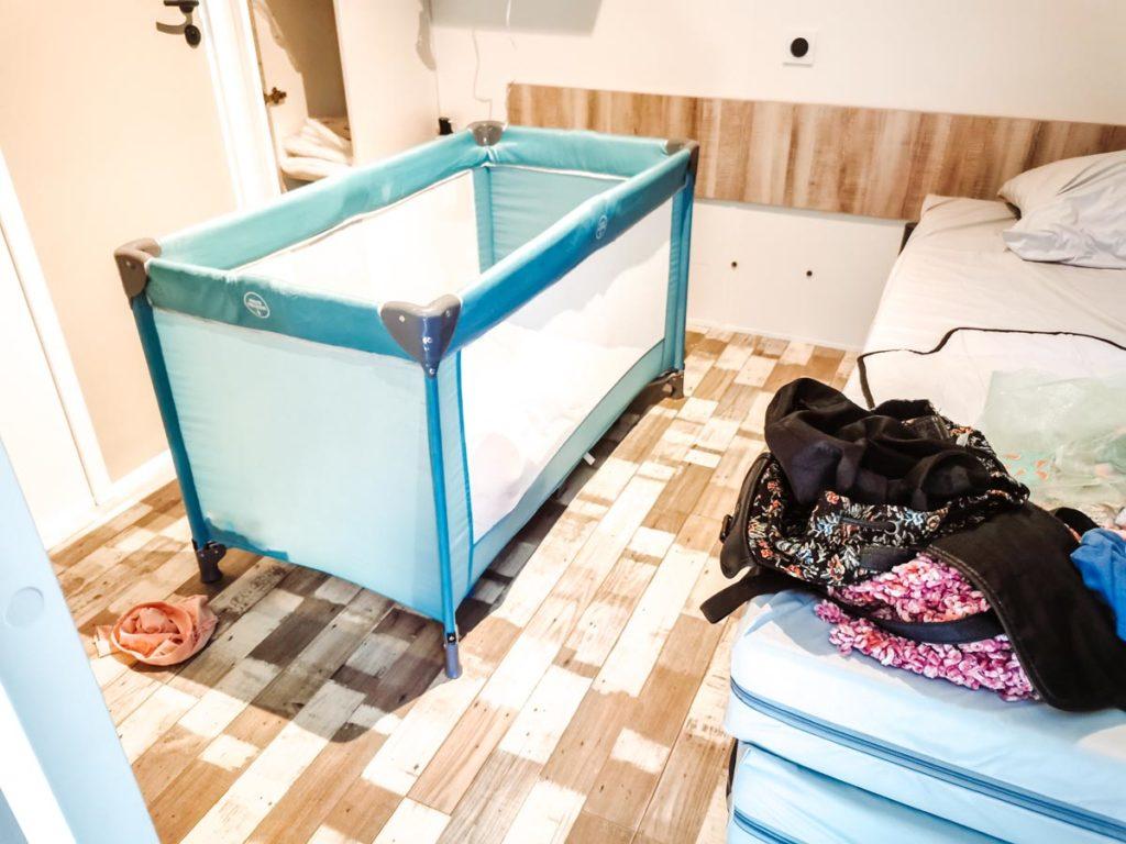 Twin bedroom cot in our Gamme duo premium plus at camping L'ocean-14