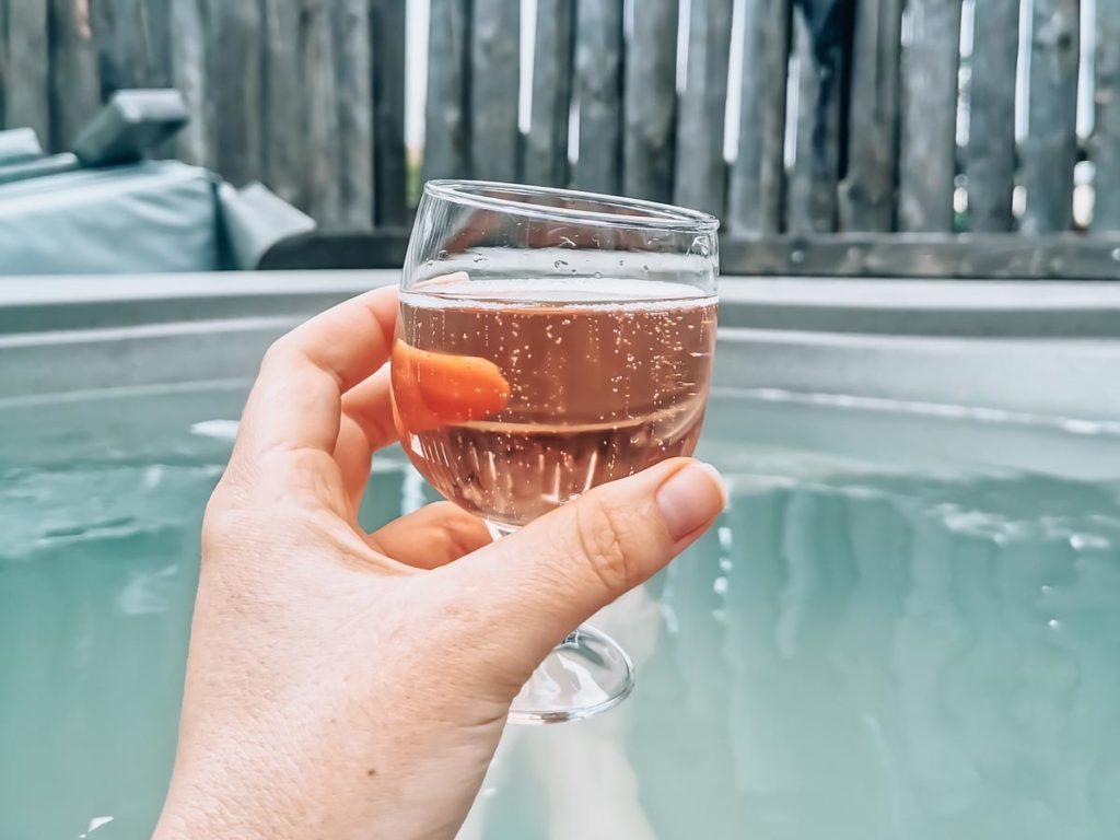 Hot tub bubbles at Gamme duo premium plus at camping L'ocean-15