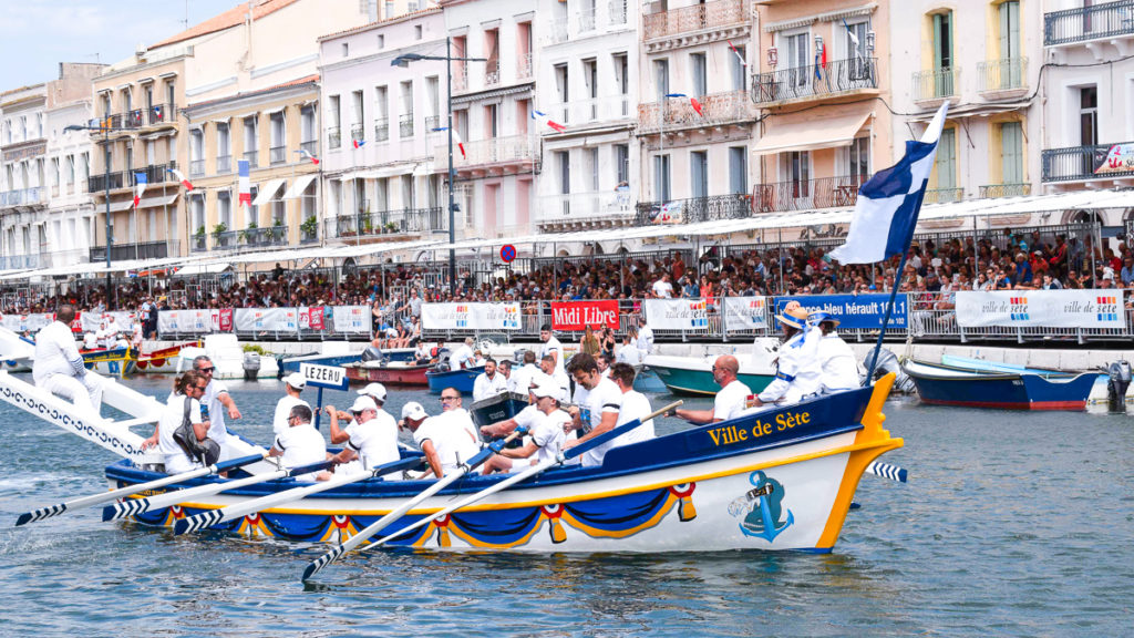 water canal jousting in the town of sete