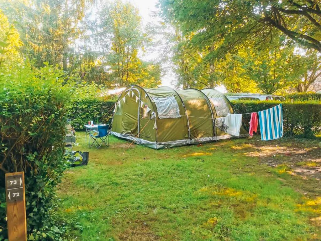 Our camping emplacement with our skandika gotland 5 tent on at camping la roche posay yelloh village