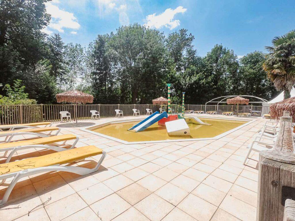 closed-toddler-pool-at-domaine-de-la-breche