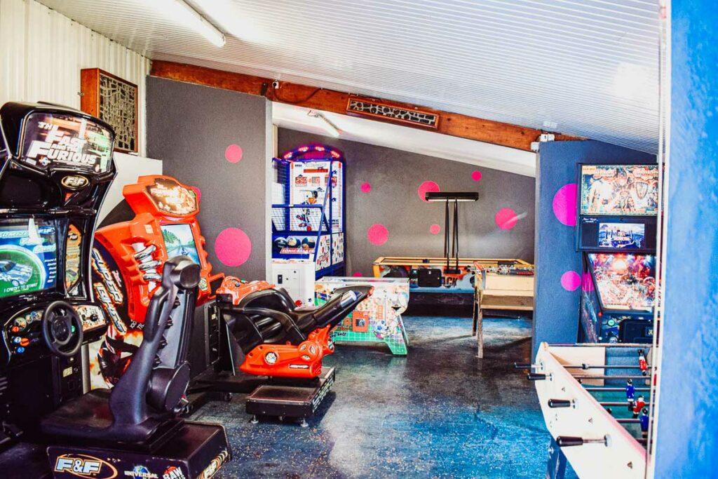 inside-the-arcade-at-domaine-de-la-breche-campsite