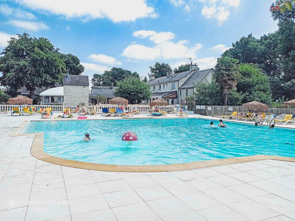 pool-at-camping-domaine-de-la-breche